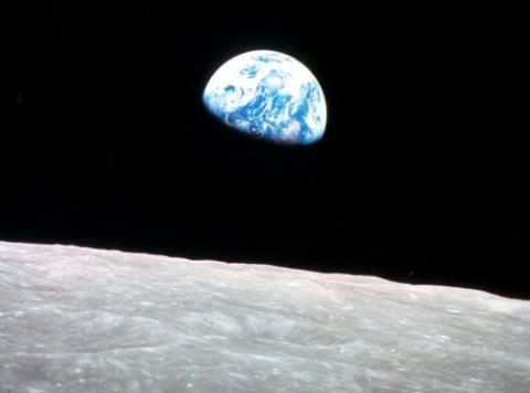 earthrise_strip.jpg