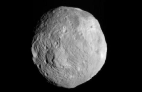 Dawn Set to Orbit Vesta (Vesta, splash)