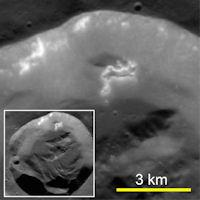Sleepy Hollows (fresh crater, 200px)