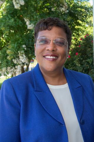 Photo of Dr. Wanda Peters