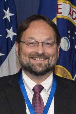 Dr. Jens Freely