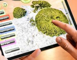 Virual ocean game on laptop