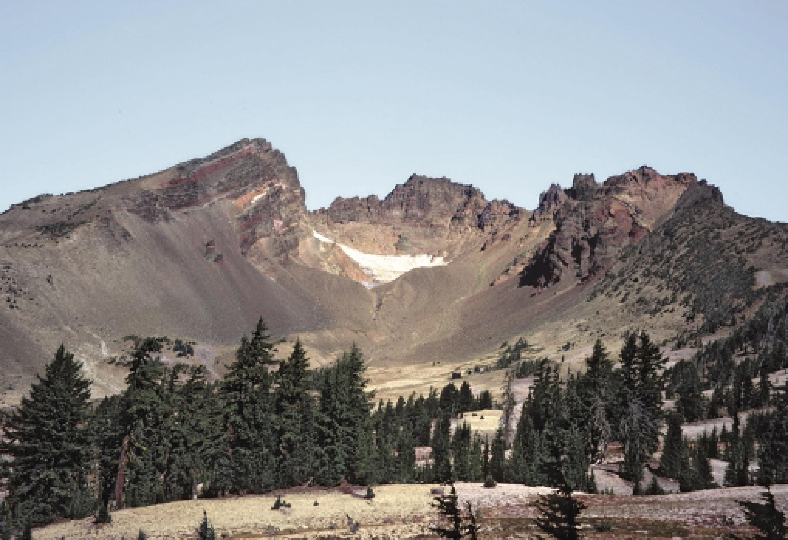 Photo of 3 Sisters volcano