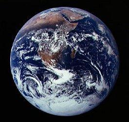 earth_med.jpg