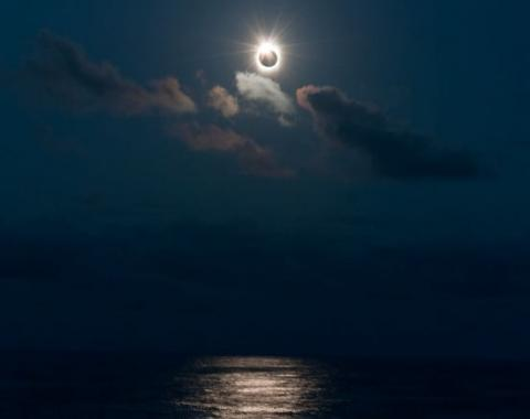 South Pacific Eclipse (pacific eclipse, 550px)