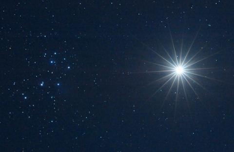Venus Pleiades (splash)