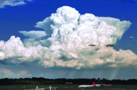 Photo of a deep convection cloud